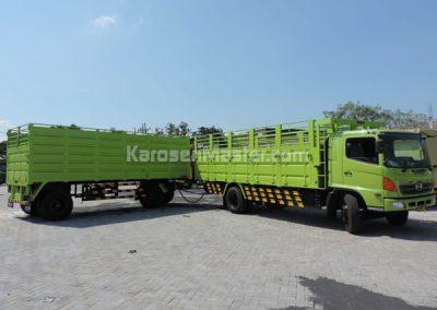 karoseri gandengan truk