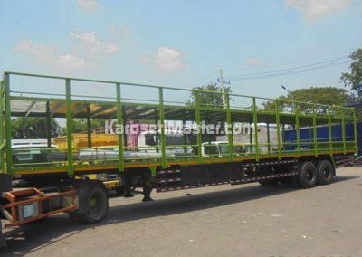 truk angkutan sepeda motor
